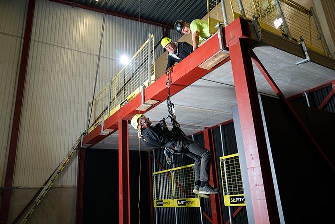 Utbildningar personligt fallskydd och räddning